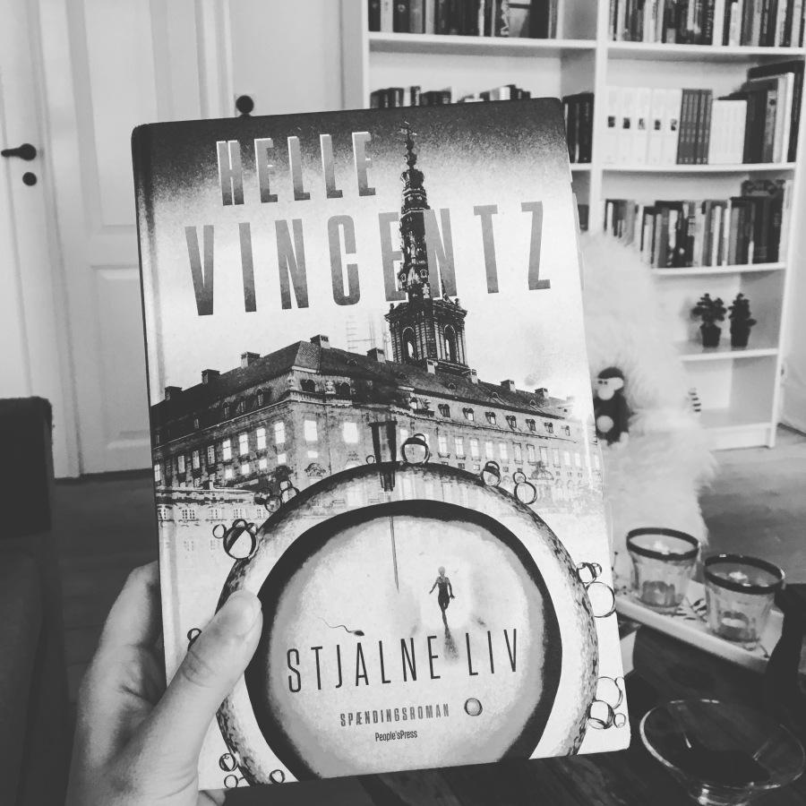 Boganmeldelse: Helle Vincentz – Stjålneliv