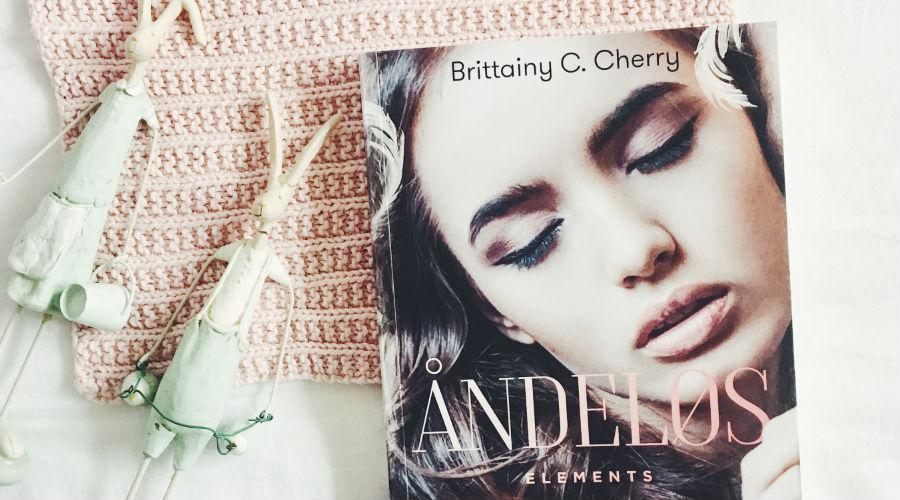 Boganmeldelse: Brittany C. Cherry –Åndeløs