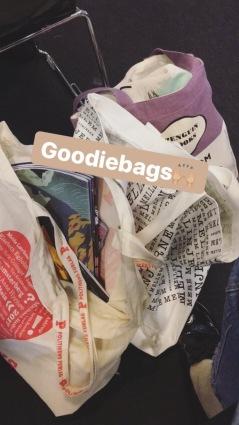 Goodiebags fra Politikens Forlag og Arnold Busck